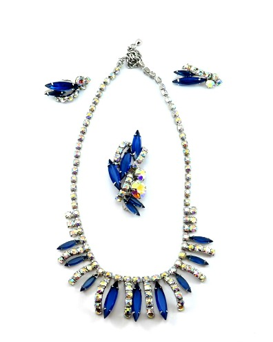 collier-boucles-broche-bleu