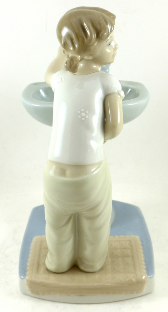 fille-fontaine-lladro-3