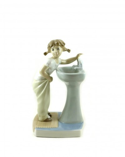 fille-fontaine-lladro