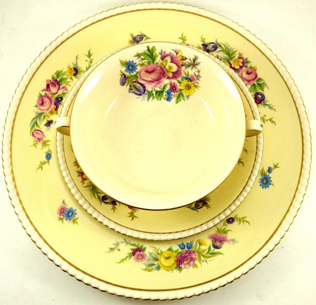 set-vaisselle-hampton-fleurie-5