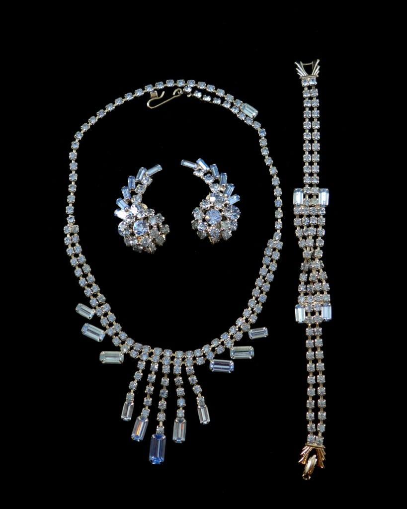collier-bracelet-boucles